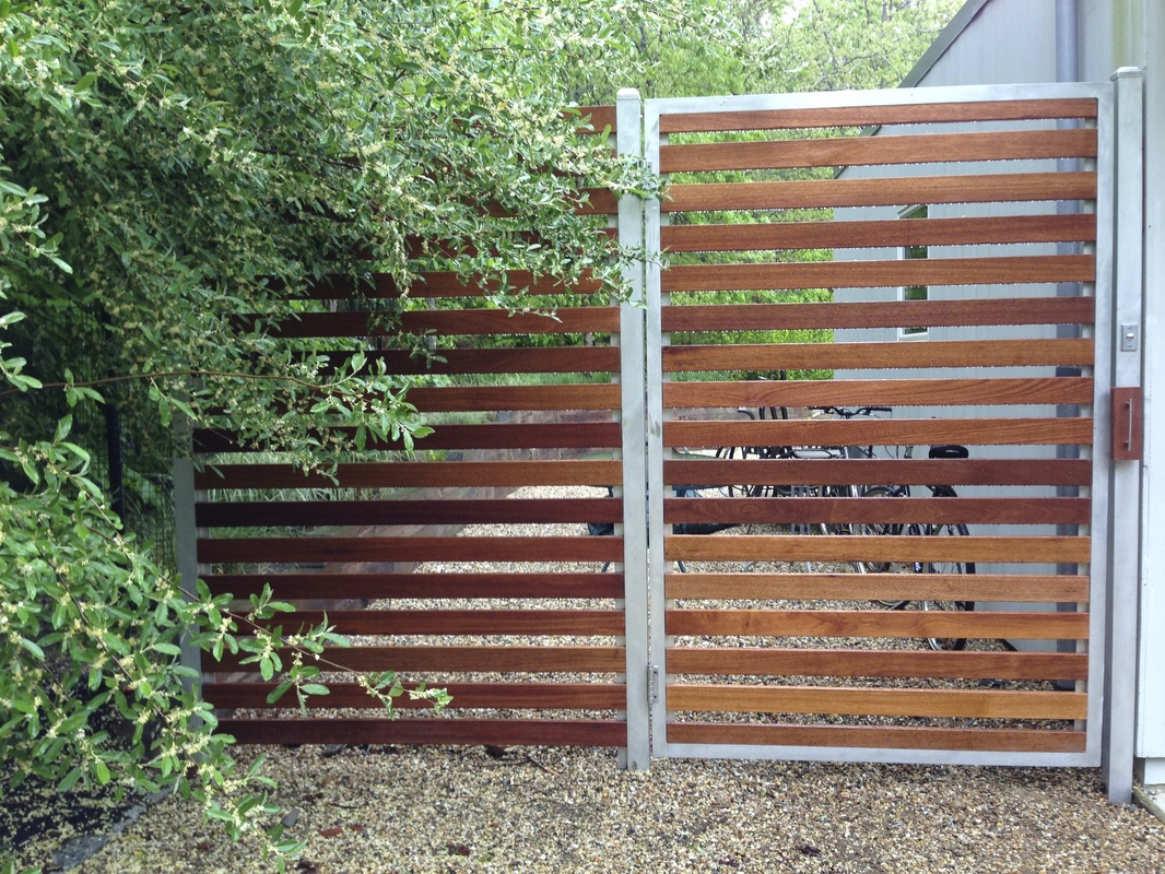 Custom Fence And Gardens The Deer Fence Llc 631 627 4084